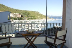 Sales-Porto Ercole – Studio with stunning views of the harbor
