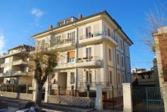 Orbetello – Appartamento vista laguna in palazzo storico