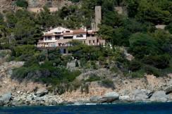 Argentario – Villa confinante con il mare e spiaggia privata