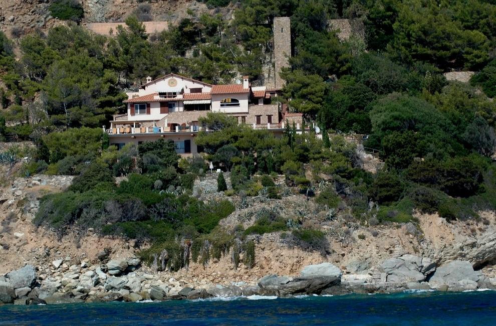 Vendita villa sul mare privato con stupenda vista a Porto S. Stefano Argentario