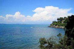 Vendita appartamento di vacanza, in complesso con piscina adiacente la spiaggia, Porto Santo Stefano