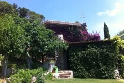 Vendita villino con stupenda vista mare sulla spiaggia della Feniglia, giardino, terrazzi, posti auto. Porto Ercole. Argentario