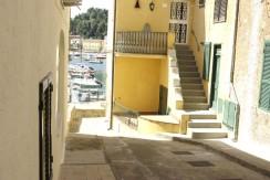 Caratteristico bilocale nella parte vecchia dei pescatori dietro al porto di Porto Ercole