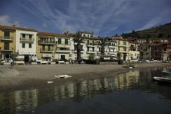 Delizioso appartamento con affaccio diretto sulla marina del porto. Porto Ercole