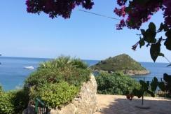 Villino con accesso diretto alla spiaggia, stupendo panorama, elegante. 4 camere, 4 bagni. Porto Ercole