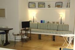 Appartamento con terrazzo vivibile adiacente al porto. Affitto annuale o stagionale. Porto Ercole