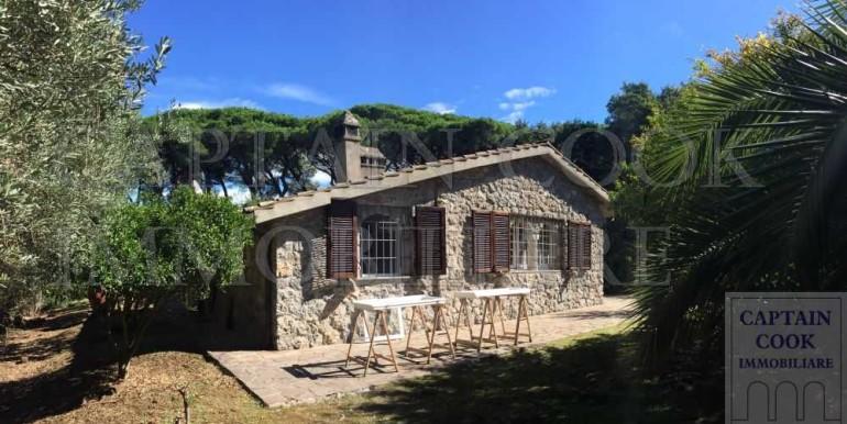 villa in pietra in Feniglia 3a