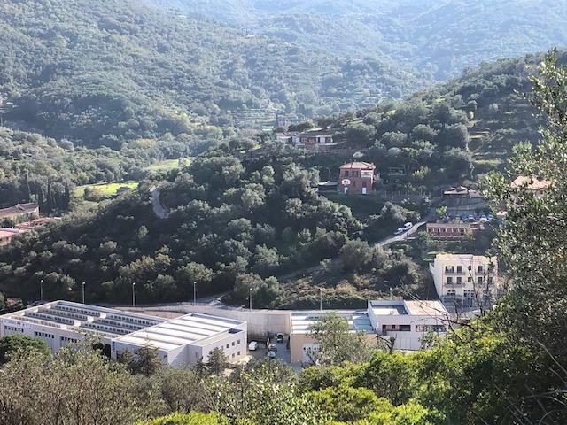 Vendita terreno edificabile con progetto approvato per edificare, parte abitativo e parte artiginale a Porto S. Stefano Monte Argentario