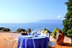 """""""Villa Amanda"""", esclusiva dimora estiva, villa con piscina, a strapiombo sul mare. Ansedonia. Argentario. 12/14 ospiti"""
