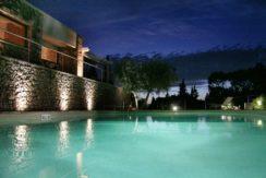 """Affitto """"Villa la Cachette"""" – Elegante villa con piscina e stupenda vista mare. Porto S. Stefano. 10/12 ospiti"""