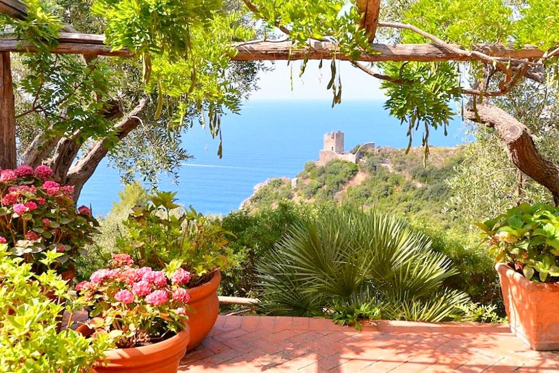 """Affitto """"Villa la Valletta"""", villa con piscina, stupenda vista mare. Porto S. Stefano Argentario. 7/9 ospiti"""