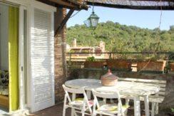 Affitto appartamento con terrazzo e posto auto, a pochi metri dal lungomare a Porto Ercole. 4/5 ospiti