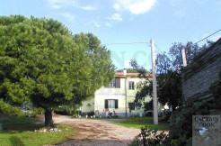 Vendita casale con annessi e terreno a pochi metri dalla spiaggia di Capalbio Maremma