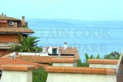Vendita attico vista mare, terrazzi e vicino la spiaggia. Luminosissimo. Porto S. Stefano