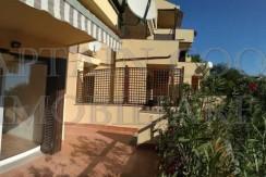 Vendita appartamento con ampio terrazzo, 2 camere, 2 bagni, ristrutturato. Porto Ercole