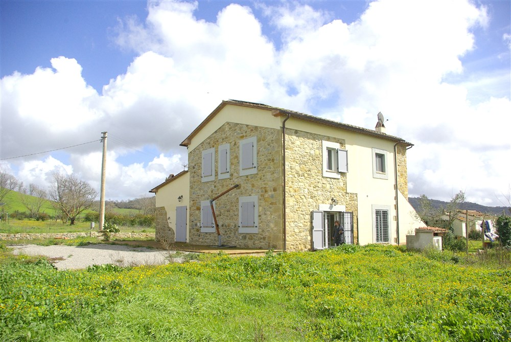 Vendita casale e annesso agricolo, 300 mq, con oliveto 1,5 ha Maremma, Capalbio, Vallerana, Manciano