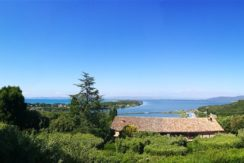 Affitto vacanze villino con stupenda vista mare e giardino . Argentario.  8 posti letto.