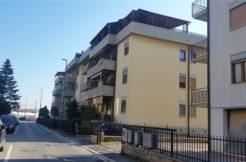 Vendita appartamento con balcone. Albinia. Orbetello