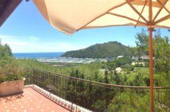 Vendita villino con vista mare, ampi terrazzi, vicino la spiaggia, due posti auto. Porto Ercole. Argentario