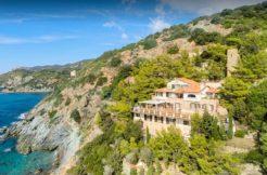 Vendita villa con accesso privato al mare, balcone con stupenda vista, Porto S. Stefano Argentario
