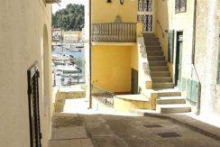 Vendita appartamento bilocale da ristrutturare nel borgo dei pescatori, Porto Ercole