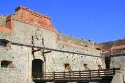 Vendita appartamento con vista mare nel fortezza Spagnolo a Porto Ercole.