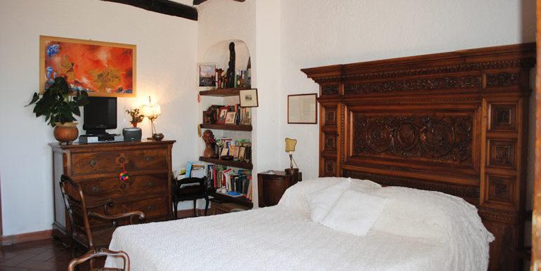18a. master bedroom 1