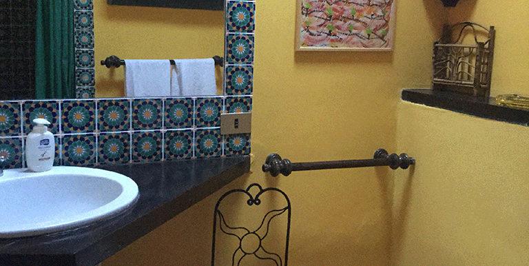 23. bathroom 3