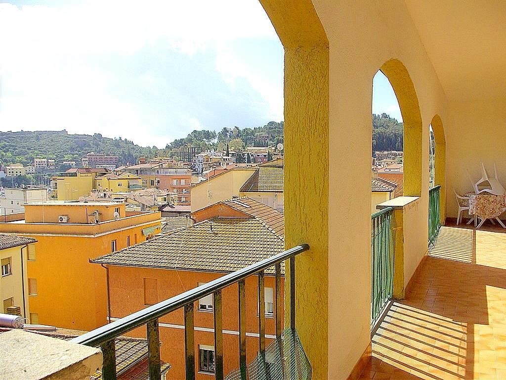 Vendita appartamento con vista mare, 2 terrazzi vivibili a Porto Ercole