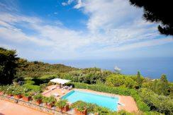 """Affitto """"Villa il Picchio"""", giardino con piscina vista mare, 8/12 posti letto"""