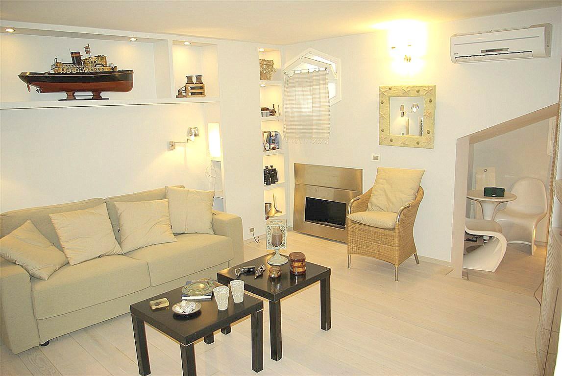 Vendita appartamento monolocale raffinatissimo, nell'esclusivo condominio di Villa Consani, Porto Ercole