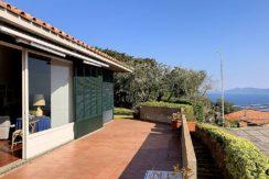 Vendita villa con stupenda vista mare, terrazzi, giardino