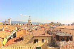 Vendita attico, centralissimo sul Corso, con stupenda vista panoramica, Orbetello