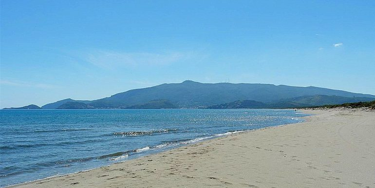 argentario-spiaggia-feniglia-ansedonia (1152 x 768)
