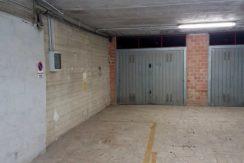 Vendita ampio garage più posto auto esterno coperto, Porto Ercole