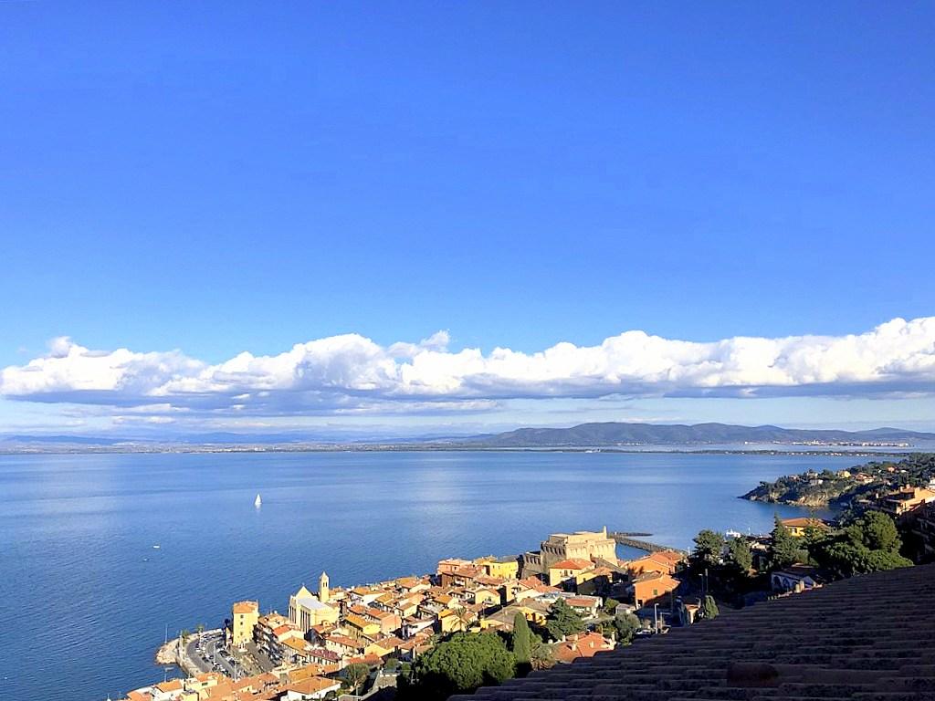Vendita attico con strepitosa vista mare, Porto Santo Stefano