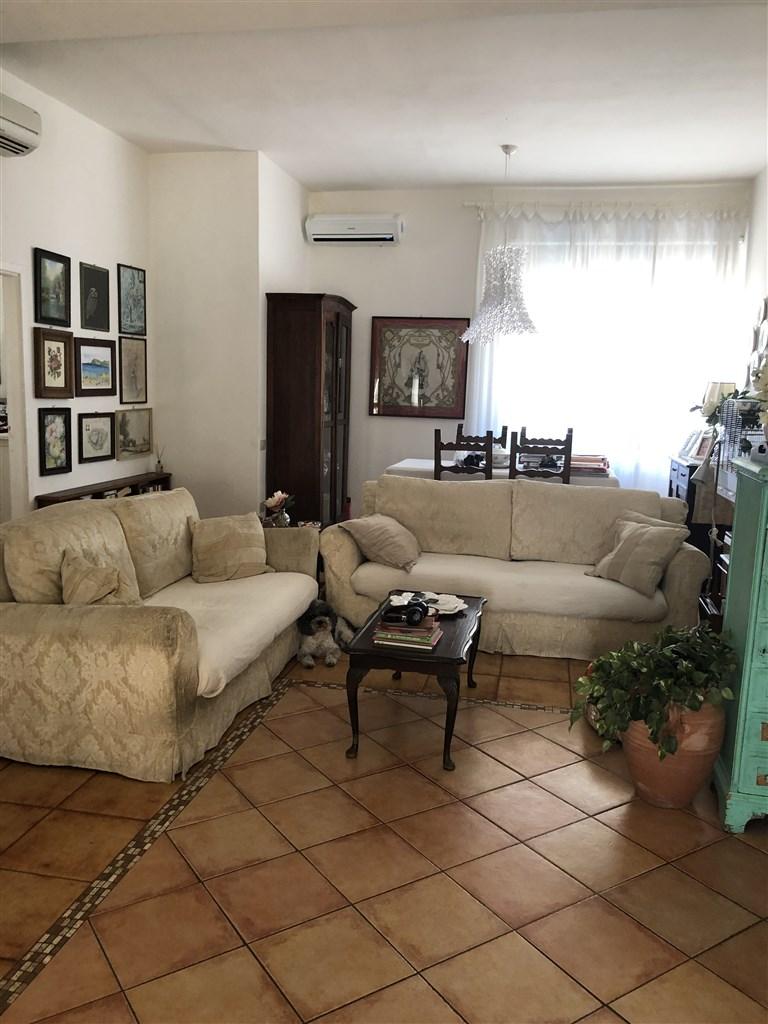 Vendita appartamento al primo piano completamente ristrutturato, Orbetello