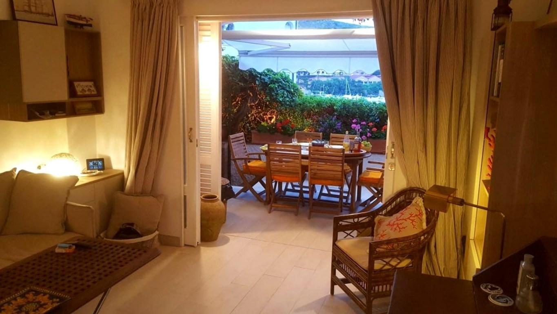 Vendita delizioso appartamento centralissimo, vista mare. Porto Ercole