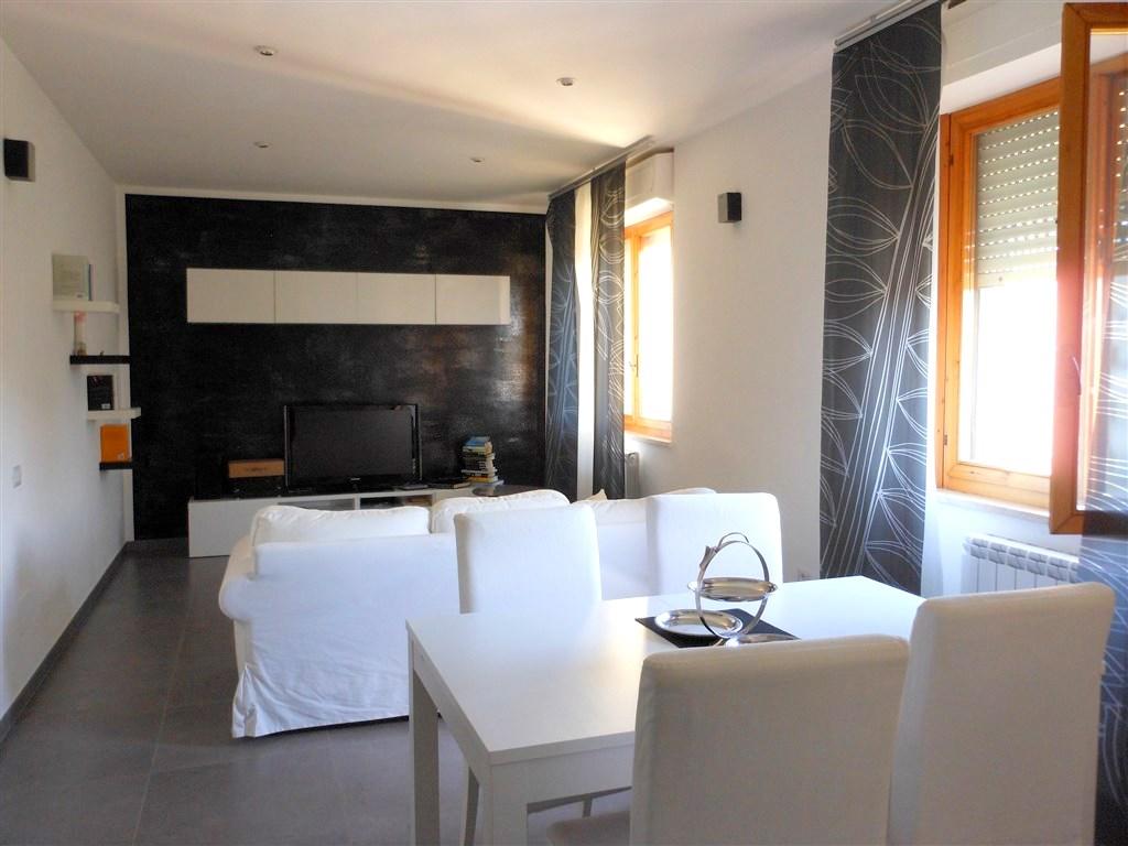 Vendita appartamento finemente ristrutturato, Orbetello