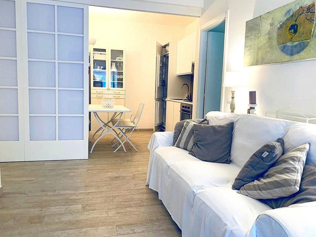 Vendita appartamento in un prestigioso condominio di vacanza.