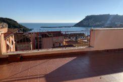 Vendita attico con stupendo panorama e grande terrazza.