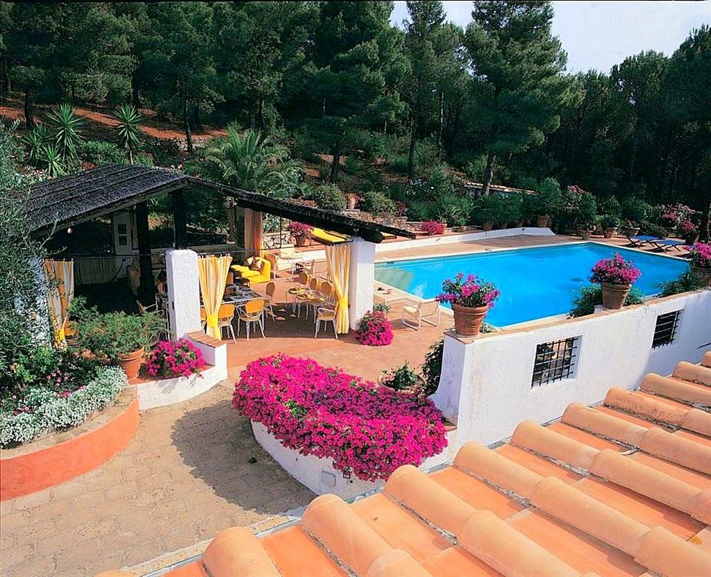 """Affitto """"Villa Mimosa"""", prestigiosa dimora con piscina vista mare sulla collina di Porto Ercole, 14/16 ospiti"""