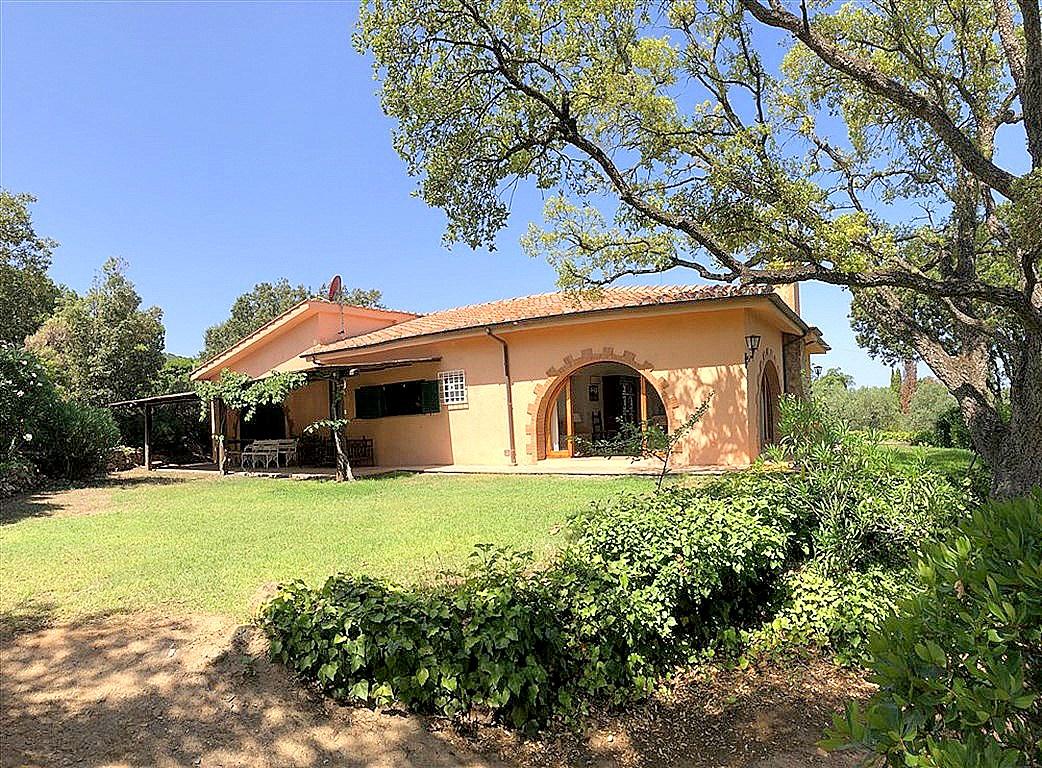 Affitto villa con stupenda vista mare, giardino, tranquillità e privacy. Argentario, Porto S. Stefano 9/11 persone