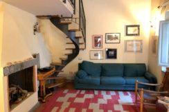 Vendita appartamento in elegante palazzo di epoca spagnola, ristrutturato. Centro