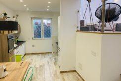Vendita delizioso appartamento totalmente e finemente ristrutturato.
