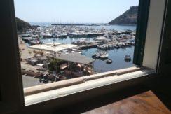 Affitto caratteristico appartamento nel piccolo borgo dei pescatori, in prima fila sul porto di Porto Ercole.